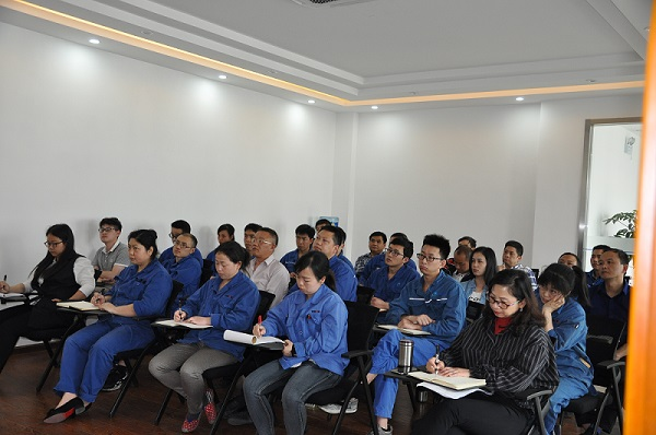 Sichuan YR conducted special training sessions on cemented carbide and enterprise products